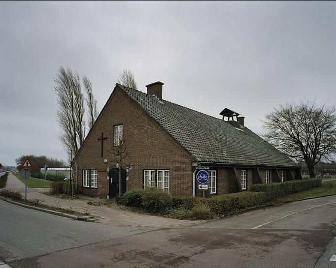 Kapel bij de barakken van vliegveld Valkenburg