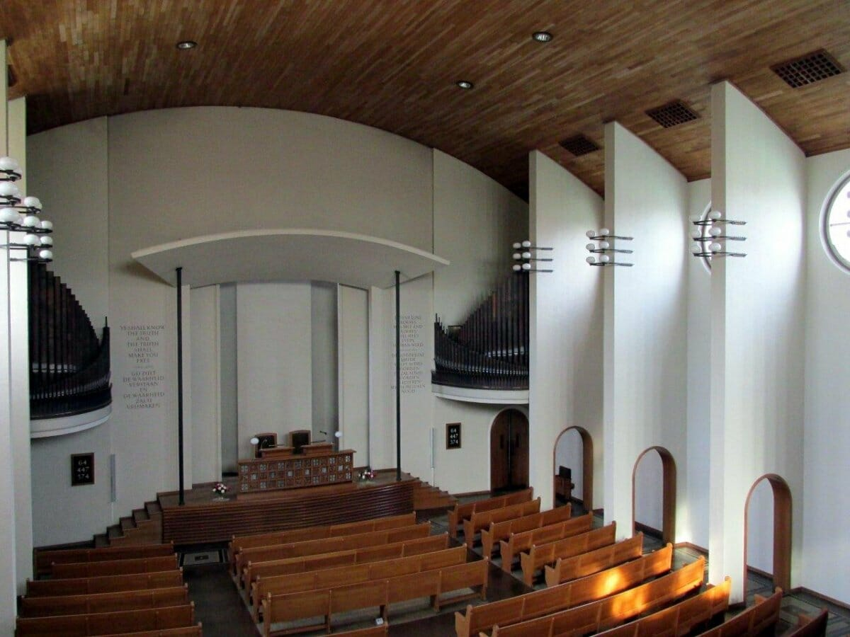First Christian Science Church Amsterdam. Foto Jan Lobbes