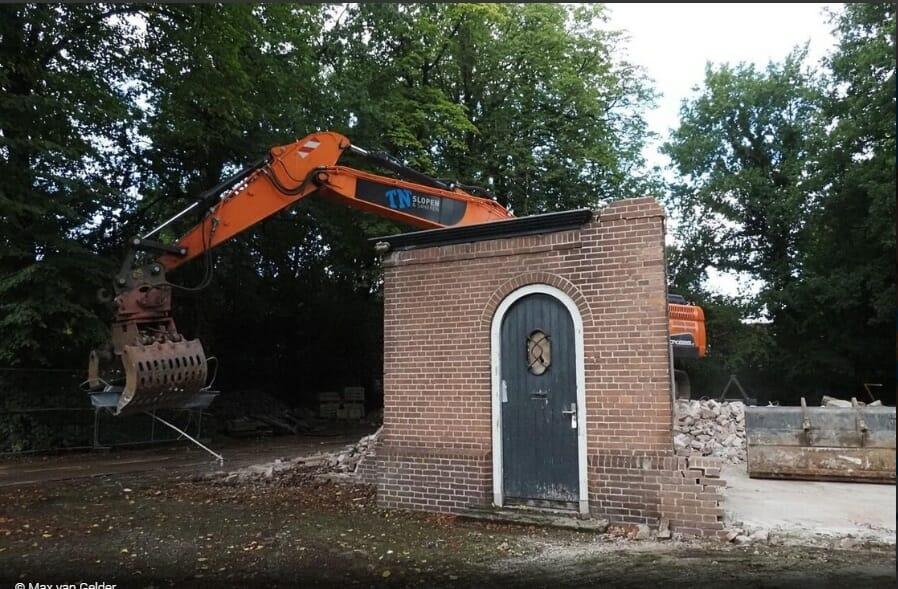 Gesloopt koetshuis Heerenveen. Foto Max van Gelder