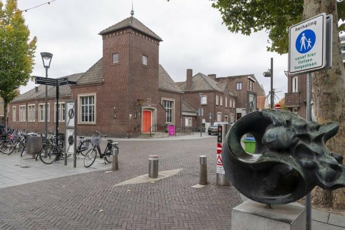 Cuypersgenootschap pleit voor second opinion voor postkantoor