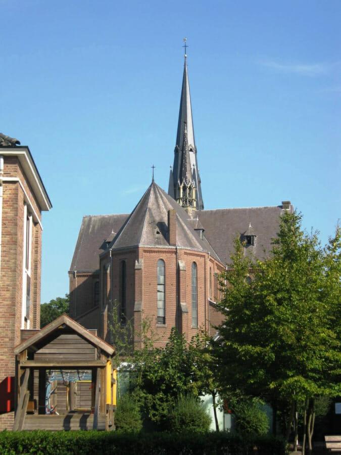 H.-Hartkerk-in-Breda.-Foto-J.B.v.d.Bie-Oosterland-op-Reliwiki