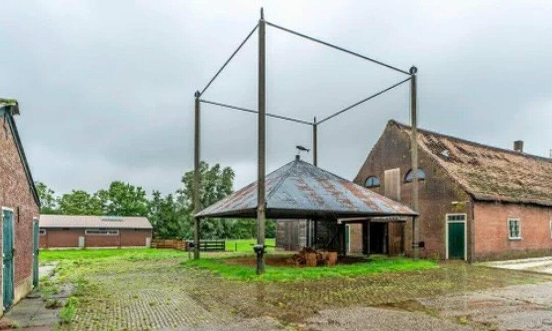 Terwijl verzet tegen sloop boerderij in Woubrugge aanhoudt, omarmen raadsleden nieuwbouw